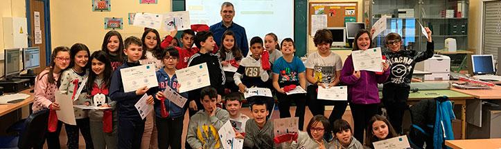 Alfonso Alvarez con los alumnos del CP Miguel de Cervantes